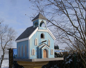 "Bird House ""Icelandic Church"""