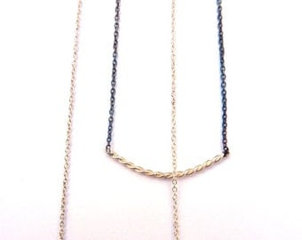 Black Or White-Silver wire twisted grey necklace and black chain
