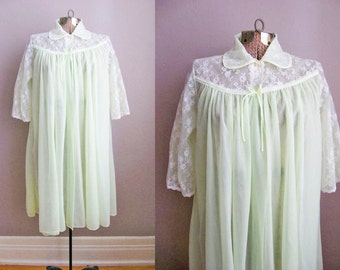 1950s Robe Vintage 50s Lingerie Negligee Peignoir Lime Green Chiffon White Lace / Small