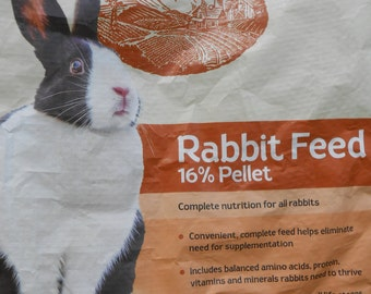 Dutch Rabbit Tote (Nutrena) ~ sturdy totes made by upcycling feed bags