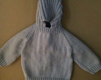 Babys/ infant hooded hand knitted sweater Zip down the back baby sweater