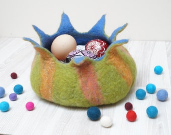 Felted Easter eggs nesting Bowl Basket for Candies, Nuts, Easter Eggs or Treasuries Ornament Halloween Pumpkin made to order