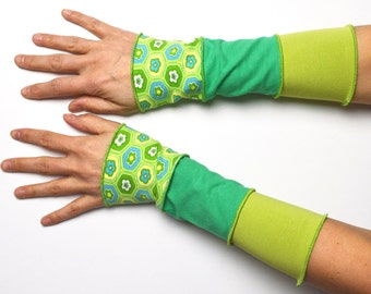 Arm Warmers spring 3 colours Wrist Warmers patchwork cotton flower green