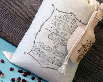 Gourmet Popcorn Kernels 2 pound Muslin Bag with 4 inch Wooden Scoop Kansas Grown