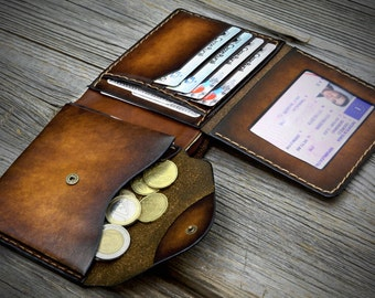 03 Coin Pocket Wallet for men. Leather wallet with coin purse. Leather bifold wallet. Handmade in Italy. Practical leather wallet.