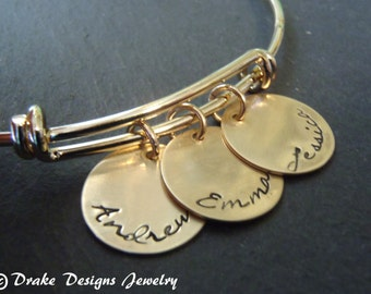 personalized bangle bracelet gift for mom