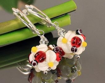 Lampwork Glass Earrings, Camomile Lampwork Flower Earrings, Floral Lampwork Earrings, Floral Glass Earrings, Glass Earrings, Flower Earrings