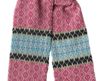 Lambswool fairisle scarf: Pink, turquoise blue, green and navy