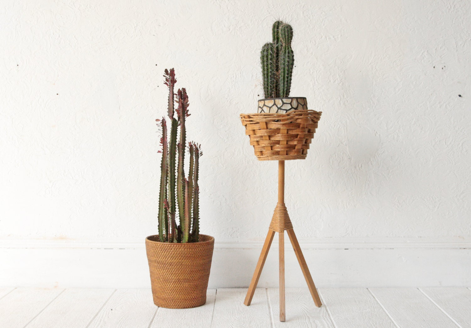 mid century plant stand wicker basket tripod by othertimesvintage. Black Bedroom Furniture Sets. Home Design Ideas