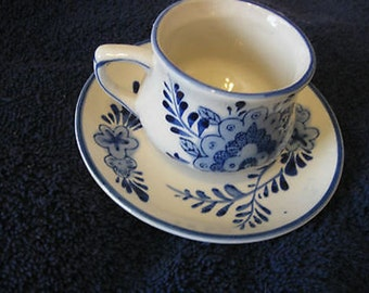 Delft Blue Handpainted Tea Cup Saucer Windmill Floral # 015022 Holland CL31-31