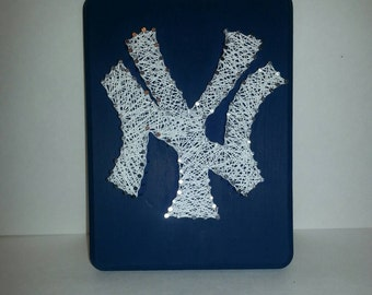 NY Yankees String Art Plaque