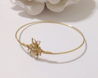 Bee bangle, bee jewelry, bee bracelet, bumble bee, queen bee, bee, gold bee