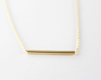 Gold bar Necklace // minimal