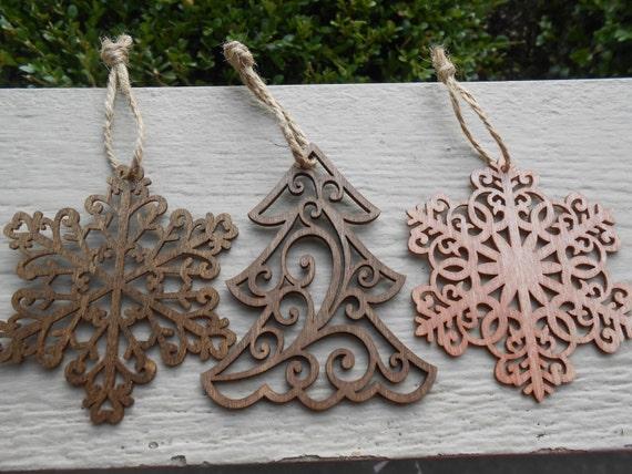 satz von drei holz ornamente schneiden laser schneeflocken. Black Bedroom Furniture Sets. Home Design Ideas