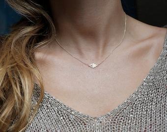 Solid Gold Hamsa Necklace, diamond Hamsa Necklace, Hamsa Hand Necklace, 14k GOLD HAMSA NECKLACE