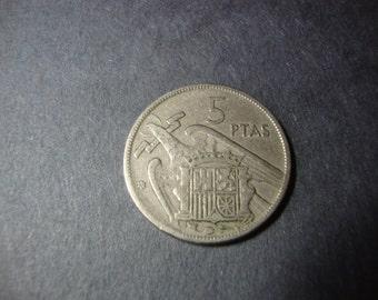 SALE - 1960 Spain 5 Pesetas Coin - Five Pesetas - Vintage World Coin - .65 Cent Ship - 1.25 Int'l Ship