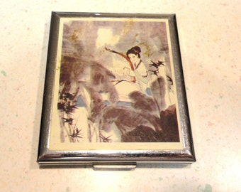 Chinese Lady Silver Tone Metal  Mirrored Compact
