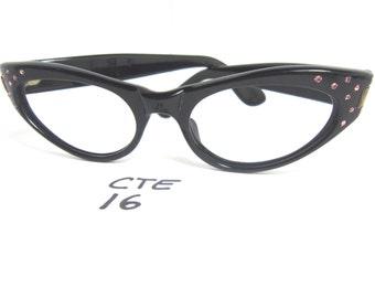 Authentic Vintage Medium Fit 1950s/60s Cat Eye Eyeglass Frames Black (CTE-16)