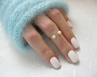Pearl knuckle ring, Gold Filled knuckle ring, pearl midi ring, Above the knuckle ring, ANY SIZE adjustable