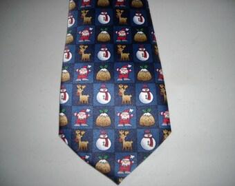 Vintage Mens Christmas Plum Pudding Snowman Reindeer Rene Chagal Tie Necktie