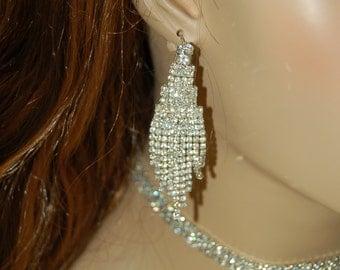 New stunning shine Bridal Art Deco Rhinestone Earrings, Chandelier, Wedding Jewelry Bridesmaids   earrings Bikini competition earrings