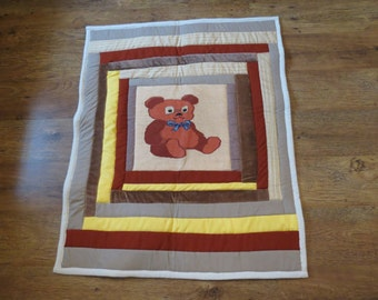 Baby patchwork quilt with cross stitch application - Bear