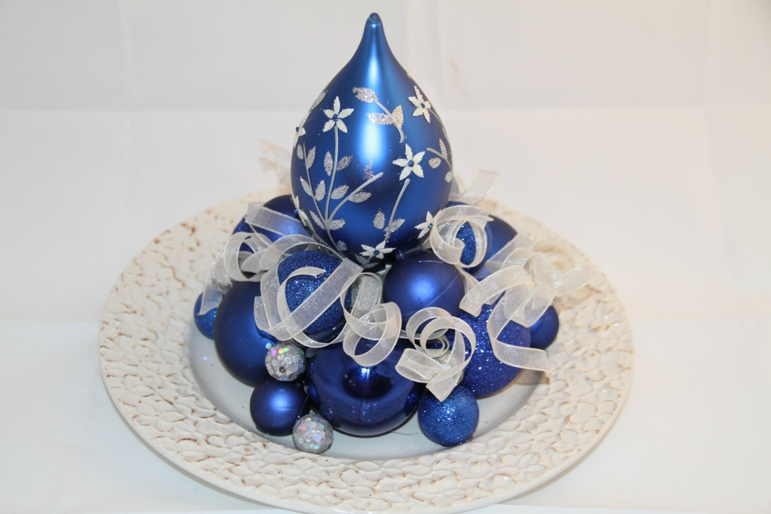 Christmas centerpiece white blue and sapphire holiday