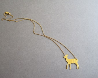 Lace textured gold-plated doe necklace on fine gold filled chain