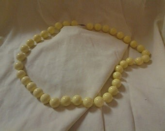 On Sale Large Chunky Bead Bright Yellow Costume Jewelry Necklace Fashion Accessory