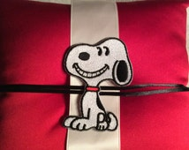 Snoopy ring pillow