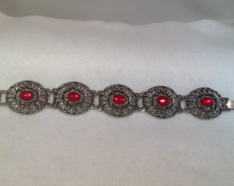 Vintage Bracelet with Red Cabachons