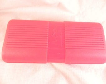Vintage Eye Glass Case  REI Hardshell  Pink Polycarbonate Secure Latch for All Types of Glasses