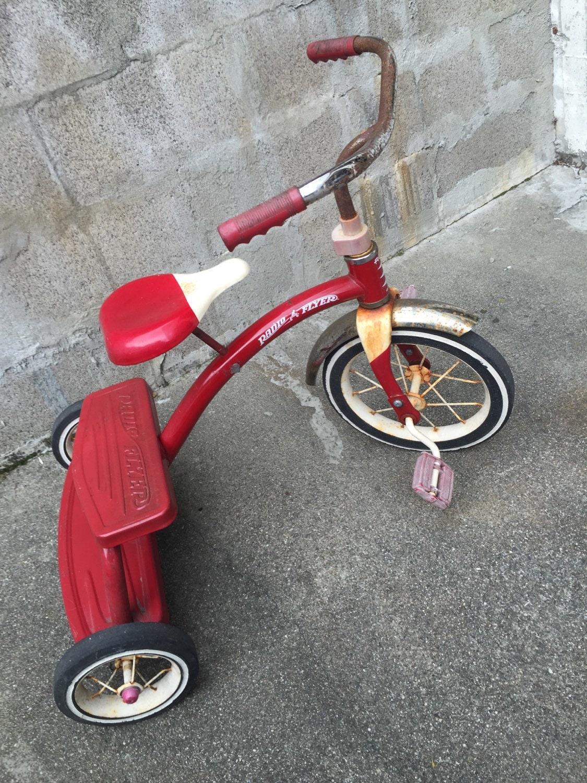 Vintage Radio Flyer tricycle kids - 559.1KB