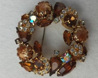 SALE     Vintage Baroque Pearls, Topaz and Clear Rhinestones Brooch