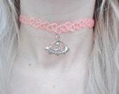 X Files Alien UFO I Want To Believe Space Sci Fi Planet Galaxy Pastel Pink Orange Tattoo Choker Pendant Silver Necklace Jewellery Jewelry