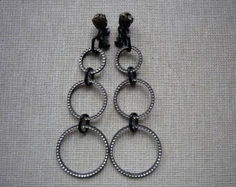 Stunning Vintage Long Mod Silver Black Tone Triple Hoop Rhinestone Dangling Clip On Earrings