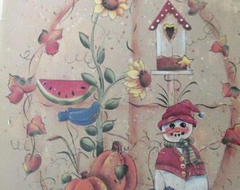 "K Decorative Folk Art Tole painting "" Seasons Past"" by Ursula Wollenberg & Kathy Maiman 1996  used booklet 34 pages"