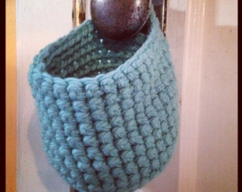 Crochet basket with handle // eco friendly home design // made in canada