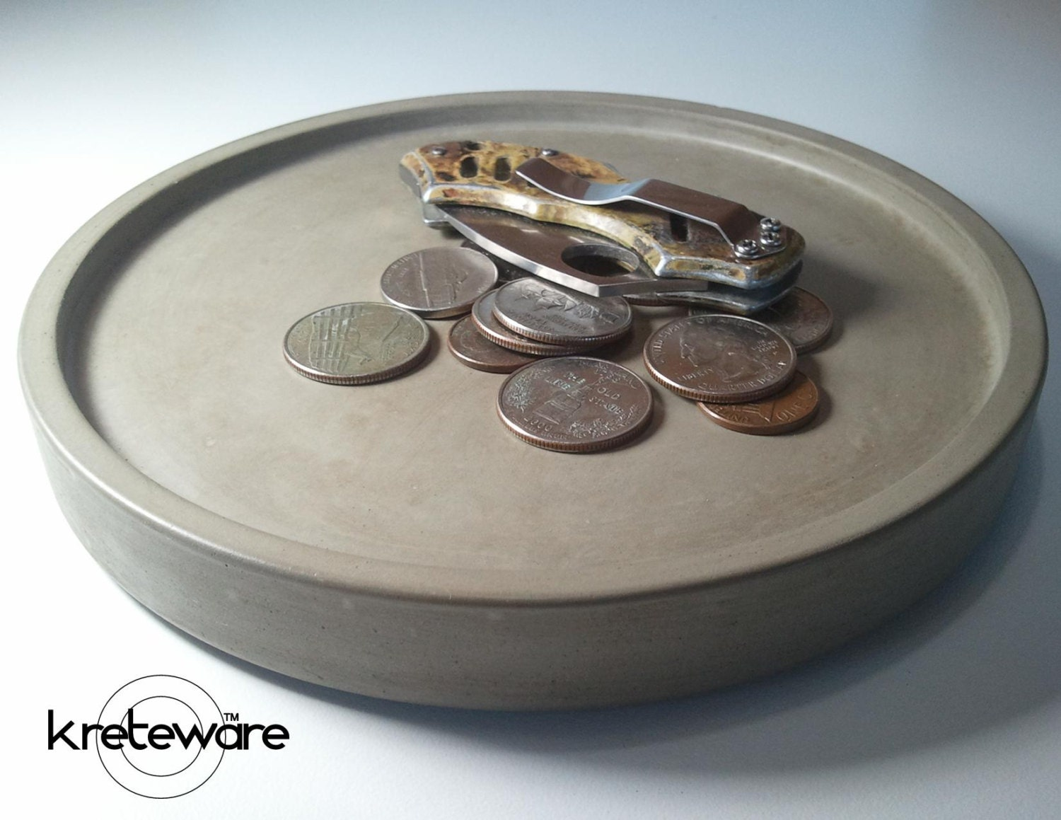 Round Concrete Key or Coin tray entryway table or by kreteware