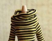 ilovethatdoll jersey turtleneck shirt for Blythe & similar dolls - yellow and black stripes