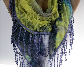SALE ! 9,90 USD-Elegant Purple Multicolor Scarf - Cowl with Lace Edge -Fashion accessories- gift for her-scarves