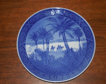 "Beautiful 1972 Royal Copenhagen "" In the Desert"" Plate"