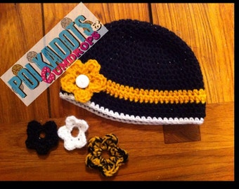 Beanie Hat with interchangeable Flowers