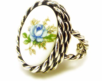 Sarah Coventry Blue Rose Ring - Adjustable