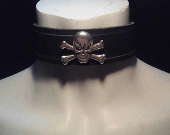 Black Leather Skull & Crossbone Collar