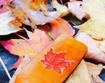 Leather Keychain - Autumn Leaf / Fall Leaves