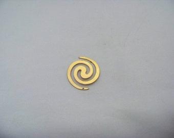 Brass Swirl Shape w/Hole   Finds2/3123