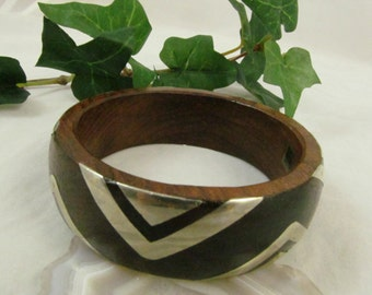Chunky Dark Wood  Bangle Bracelet With Silver tone Inlayed V Shaped  Detailed Design Made In India