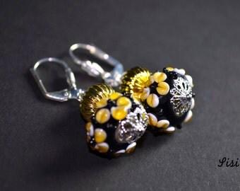 Earrings yellow flower glass