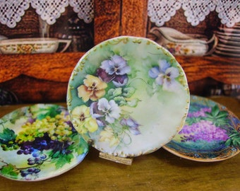 Pansies Miniature Plate for Dollhouses 1:12 scale